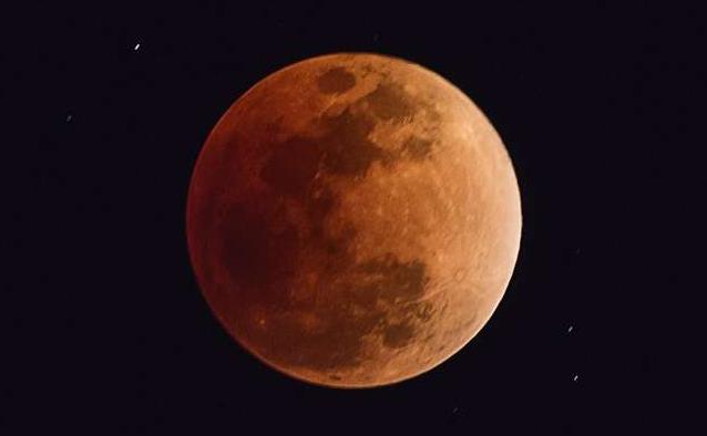 拍红月亮怎能少了RED,摄月作品征集啦~