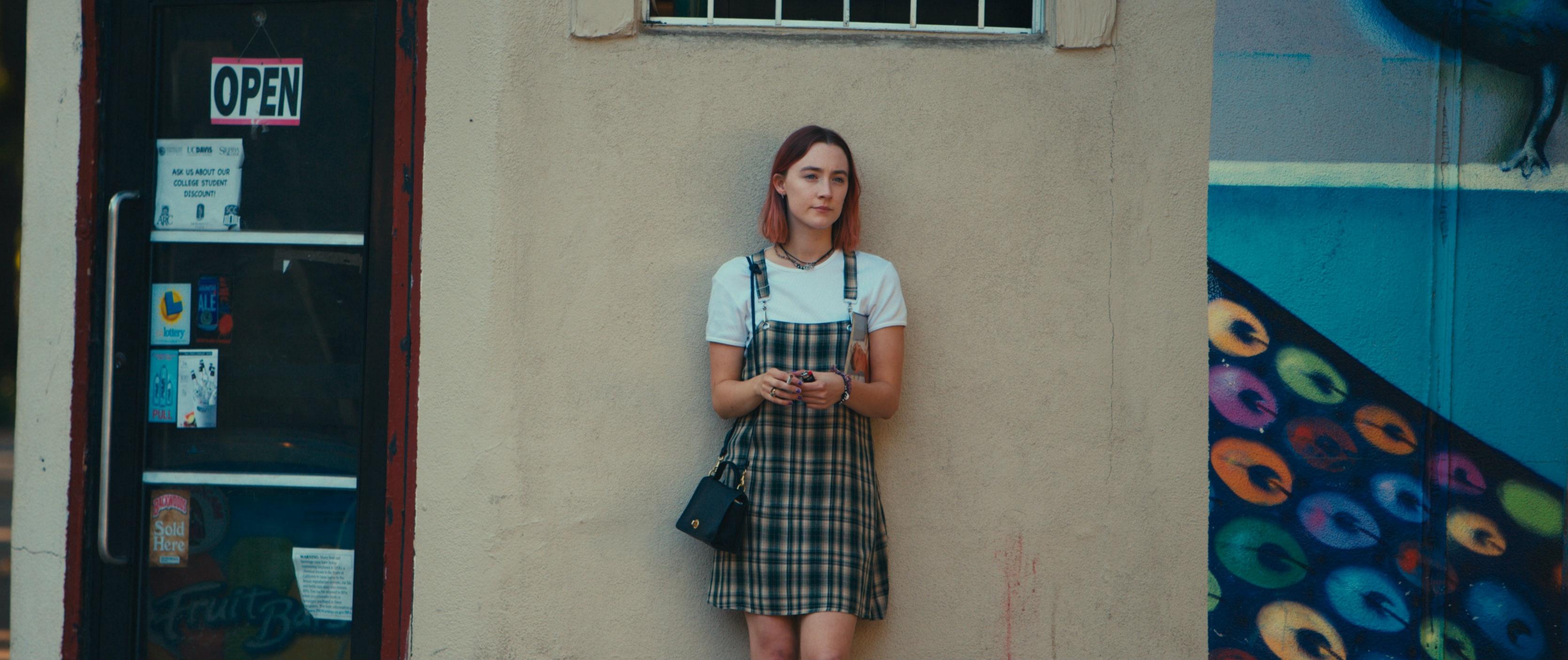 都是处女作、青春片,《伯德小姐》怎么做到口碑这么好?
