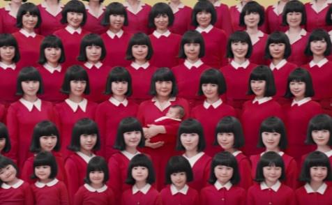 72秒、72个女人,演绎72岁的一生,日本广告如何反套路